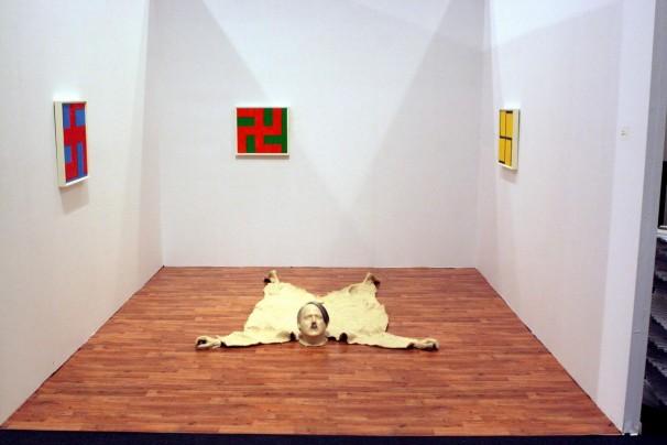 101The Nazi Hunter's Room_2007_installation_1