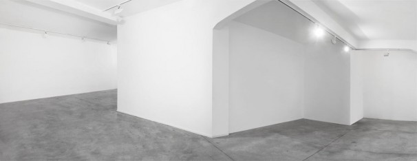 208Temporary Visit in a Pleasant Place_2012-2013_pigment print_100x260 cm