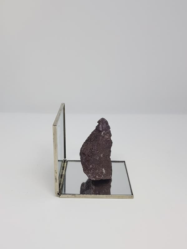 104Untitled, 2018, mixed media, 4x4x4 cm