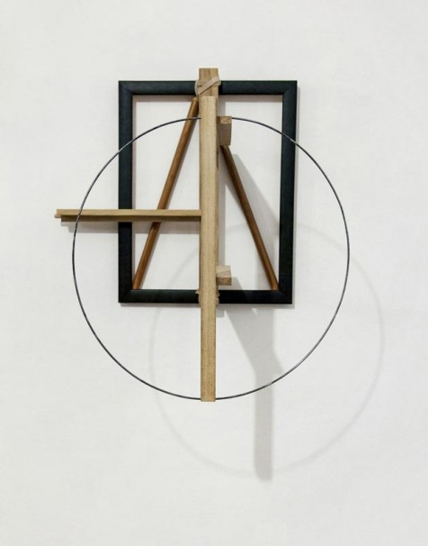 100 A-Sphere Relief_2018_ Wood, Metal, Rubber band_47x43x30 cm